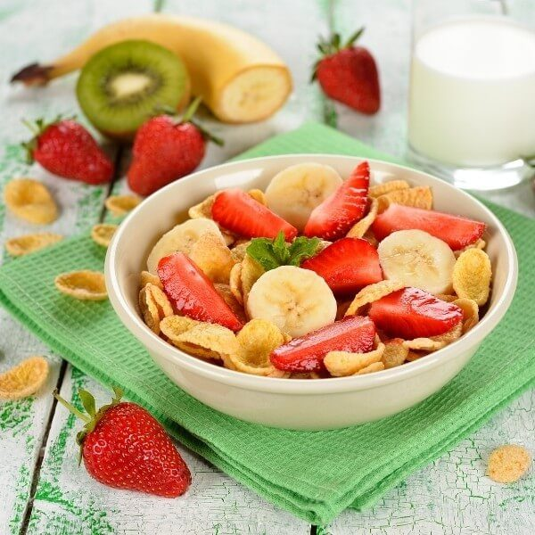 low-fodmap-breakfast-cornflakes-fruit