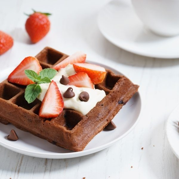 chocolate-waffle-low-fodmap-breakfast